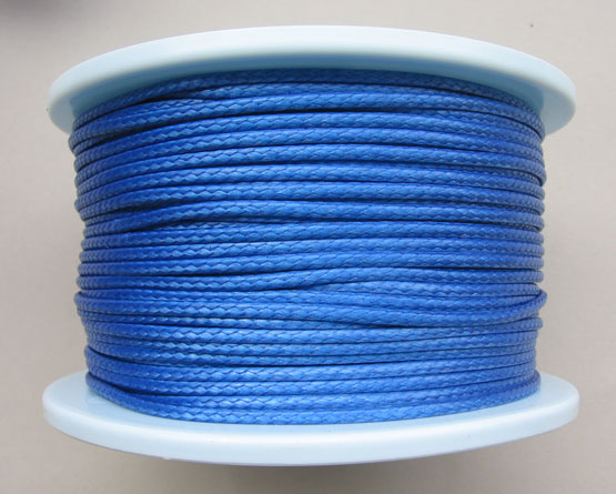 » Dyneema » Dyneema-2.5mm-blau100.jpg