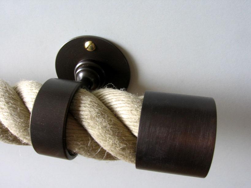 » Handlaufseil » Seilhalter-bronziert.jpg